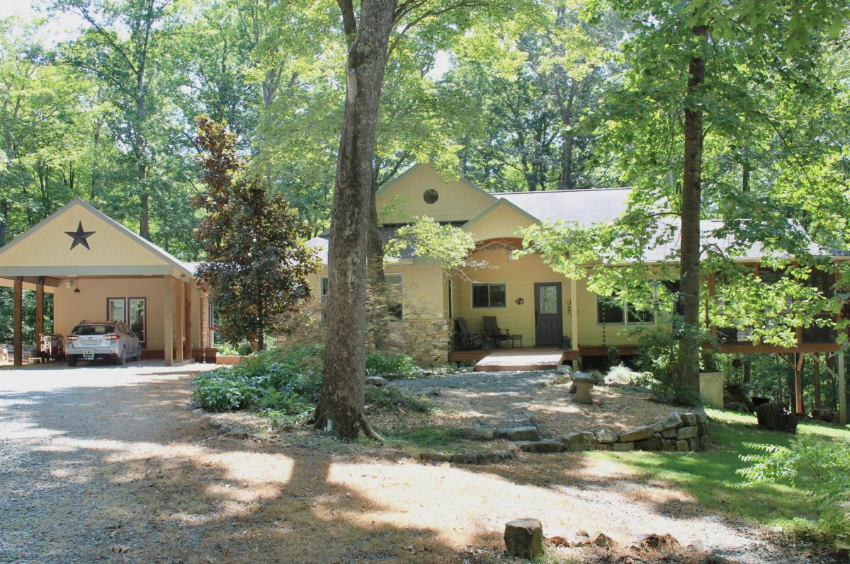 404 Indian Orchard Road - Pittsboro, NC